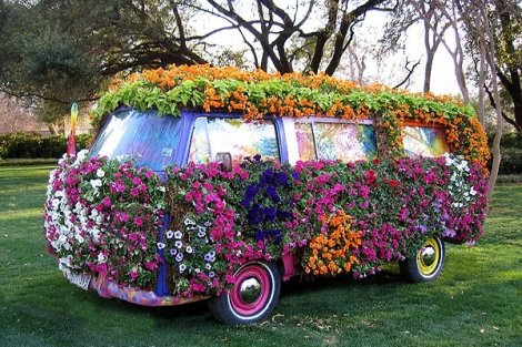 Flower bus VW