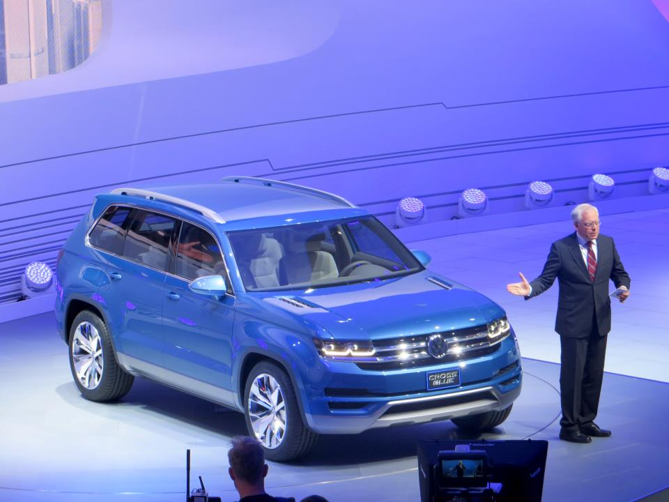 vw unveils 7 passenger concept suv detroit auto show volkswagen utah. Black Bedroom Furniture Sets. Home Design Ideas