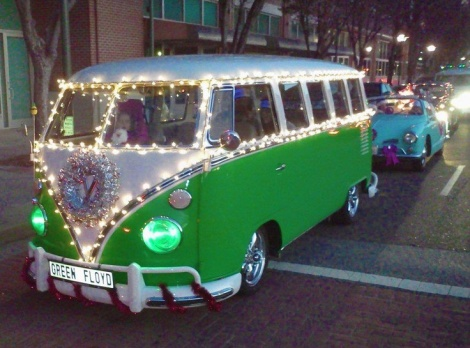 VW Bus, Bus Christmas, Christmas Volkswagen lights