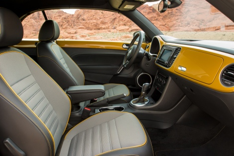 2016_beetle_dune_ interior